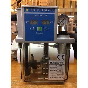 Импульсная станция смазки CEN04-03-2-B-3 (Управление от таймера, бак пластиковый 3л, 130см3/мин, 15бар, 220В 50Гц, реле давления, датчик уровня, выход под трубку 6мм, манометр)